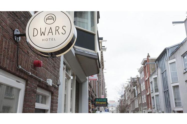Facade - Hotel Dwars - Amsterdam