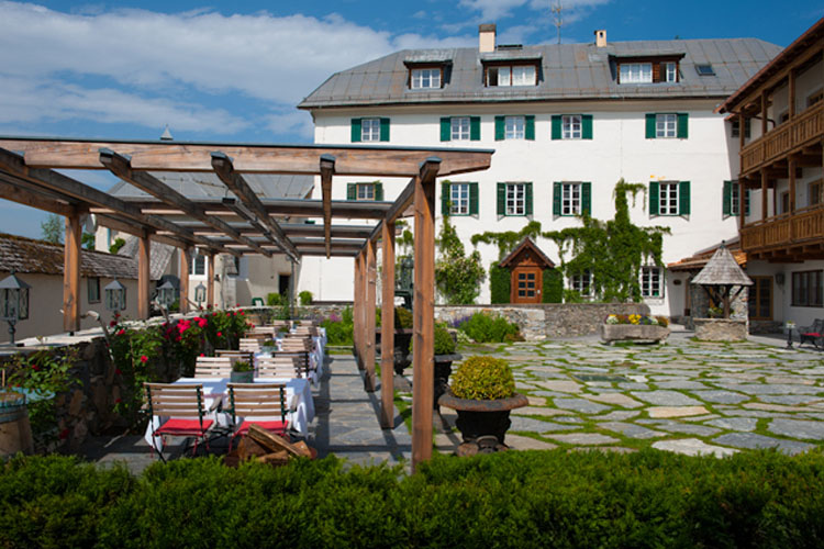 Schloss mittersill h tel boutique mittersill for Small great hotels