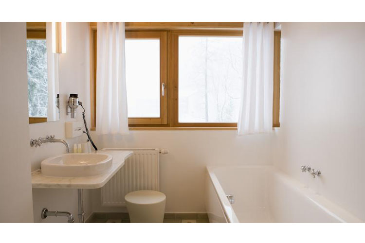 Double Room Bathroom - Haus Hirt - Bad Gastein