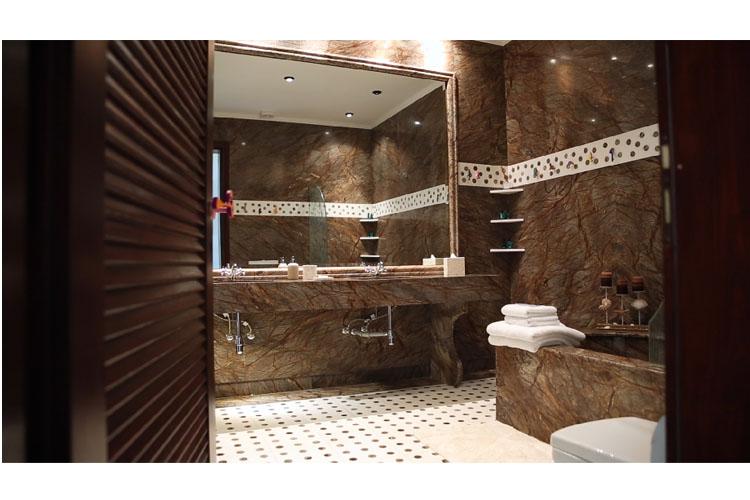 Senior Suite Bathroom - Agalia Luxury Suites - Tzamaria