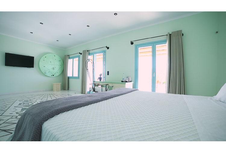 Deluxe Sea View Suite - Agalia Luxury Suites - Tzamaria