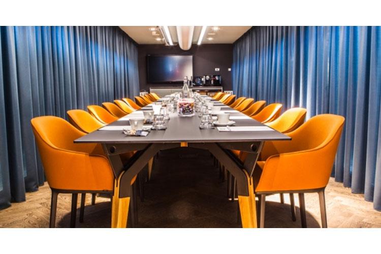 Business Room - Hotel de Hallen - Amsterdam