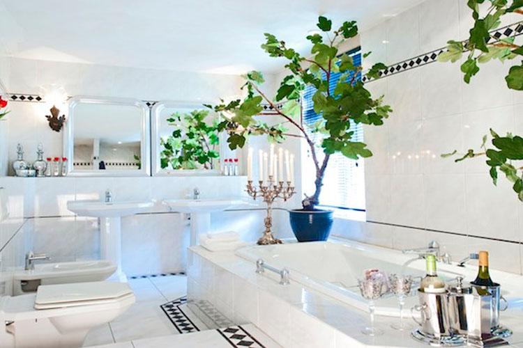 Bathroom - Breitner House - Amsterdam