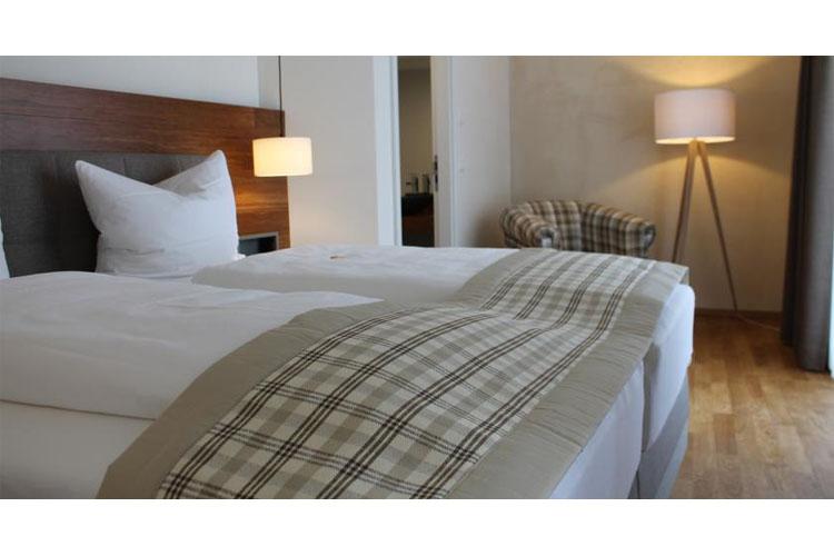Zum storchen restaurant hotel ein boutiquehotel in waldkirch for Designhotel waldkirch