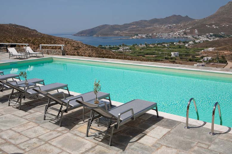Rizes hotel h tel boutique serifos for Great little hotels