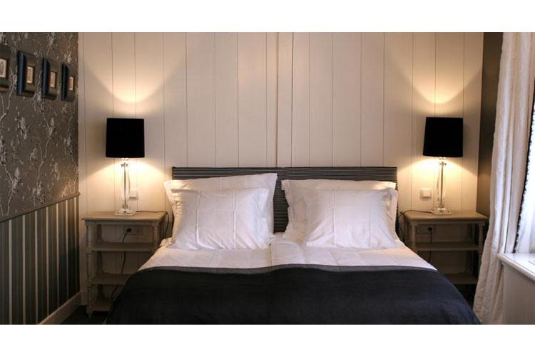 Black and White Room - Inn on the Lake - Broek in Waterland