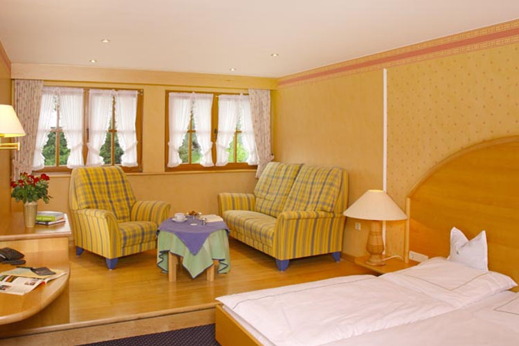 Double Room Nº 81-84 & 70-73 - Hotel Waldhaus Ohlenbach - Schmallenberg