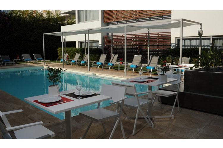 Pool - Brasil Suites - Athens