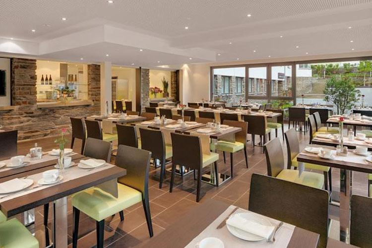 Hotel im schulhaus a boutique hotel in lorch im rheingau for Design boutique hotels waldeck hessen