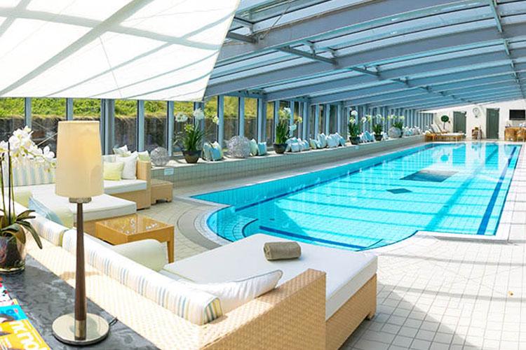 Pool - Schlosshotel Münchhausen - Aerzen
