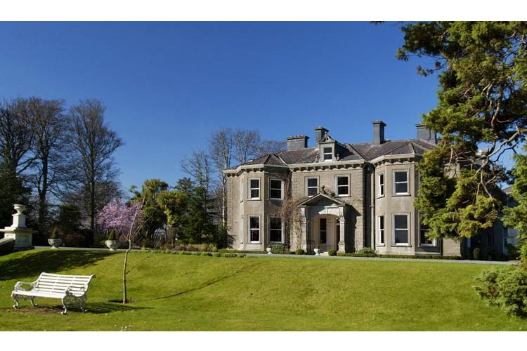 Tinakilly country house a boutique hotel in leinster for Small country hotels