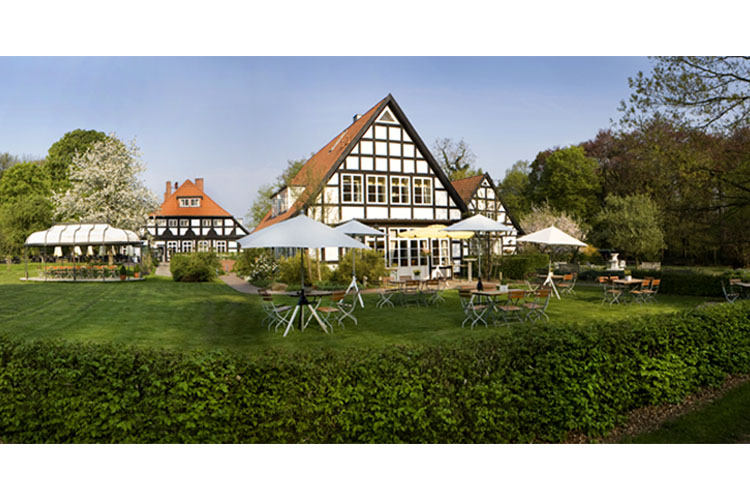Forsthaus heiligenberg a boutique hotel in bruchhausen for Small great hotels
