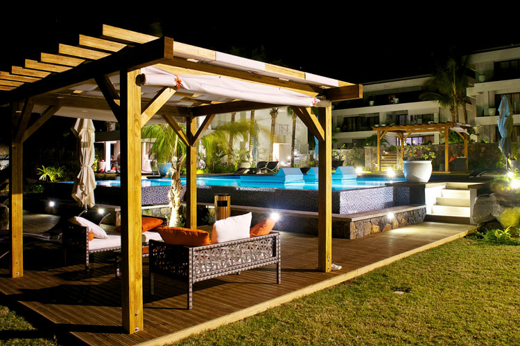Exterior - Leora Beachfront - Tamarin