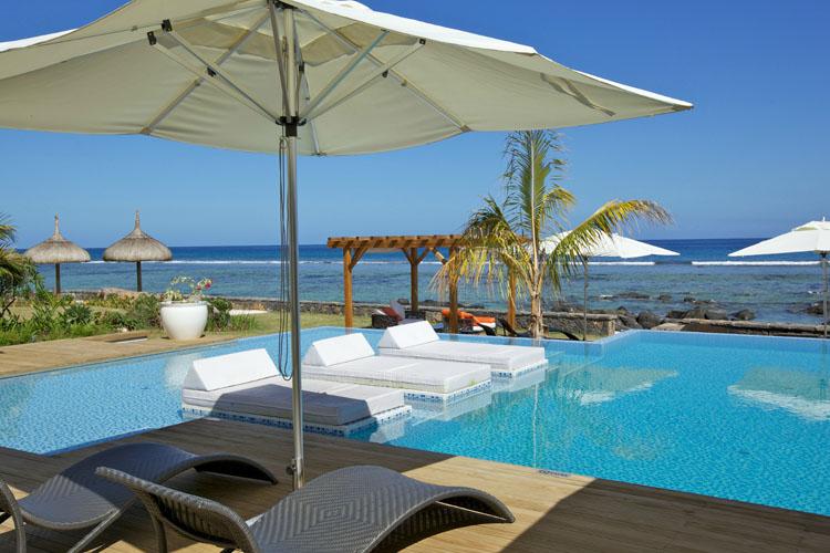 Pool - Leora Beachfront - Tamarin
