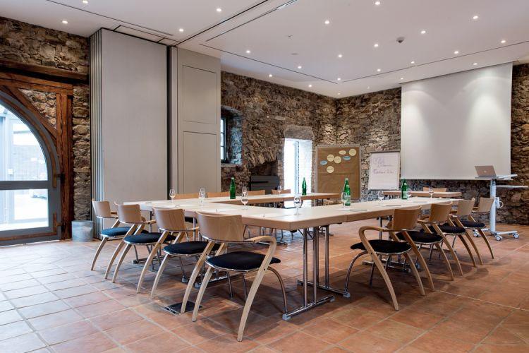 Breuer 39 s r desheimer schloss a boutique hotel in for Design boutique hotels waldeck hessen