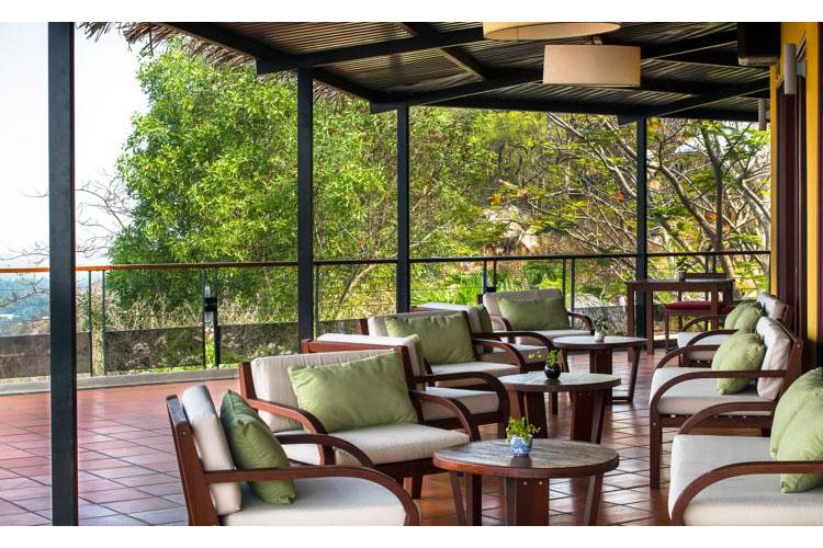 Terrace - Victoria Nui Sam Lodge - Chau Doc