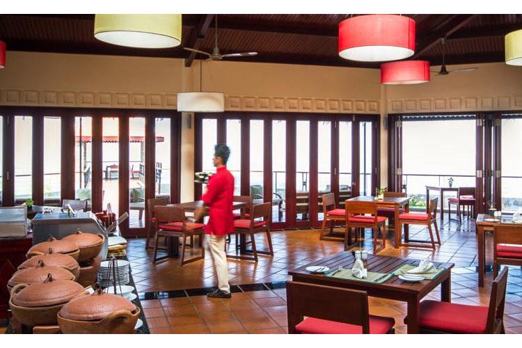 Dining Room - Victoria Nui Sam Lodge - Chau Doc