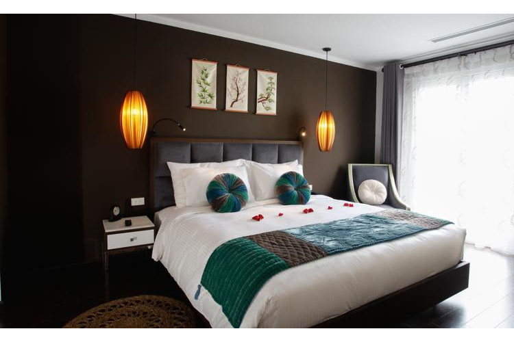 Junior Suite Balcony Room - Essence Palace Hotel - Hanoï