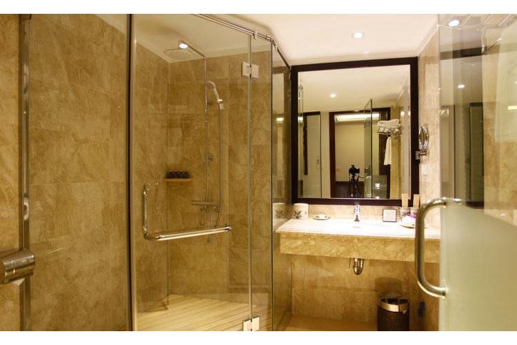 Bathroom - Essence Palace Hotel - Hanoï