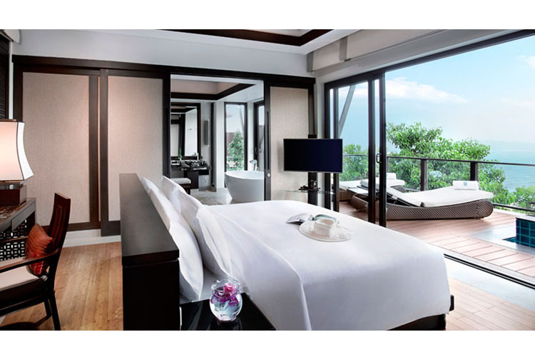 Three Bedroom Hillside Pool Villa - Banyan Tree Lang Co - Phu Loc
