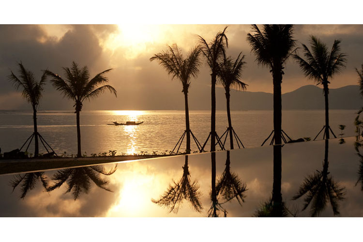 Pool Sunset View - Vedana Lagoon Resort & Spa - Phu Loc