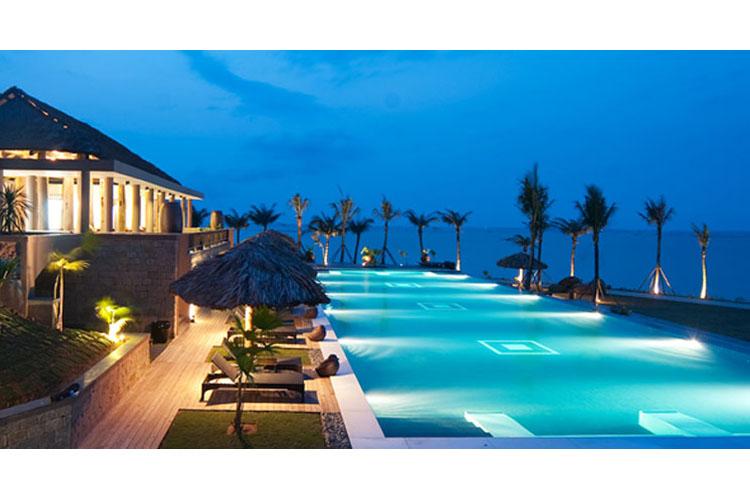 Pool - Vedana Lagoon Resort & Spa - Phu Loc