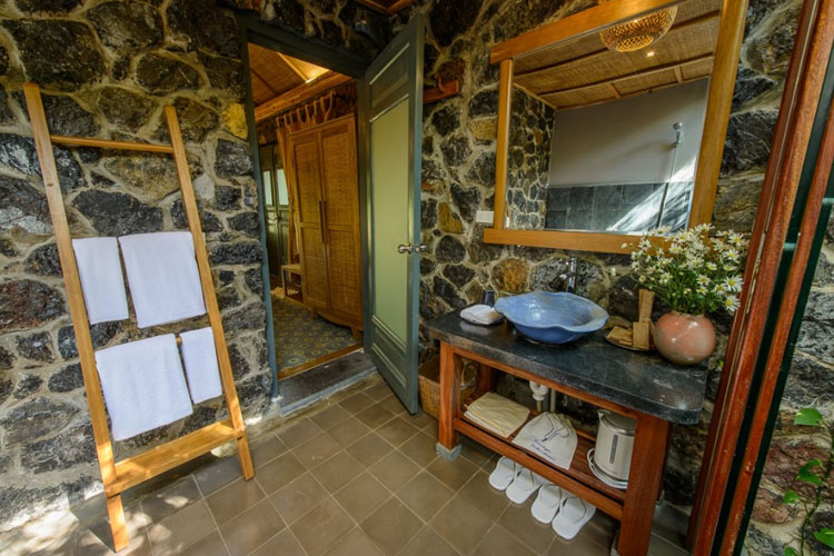 Bathroom - Tam Coc Garden Resort - Ninh Binh
