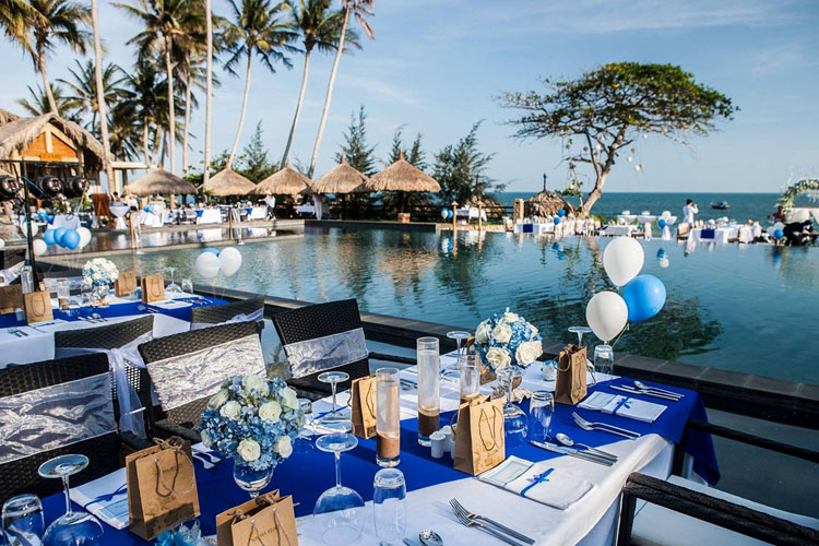 Exterior Dining Room - Aroma Beach Resort and Spa - Phan Thiet