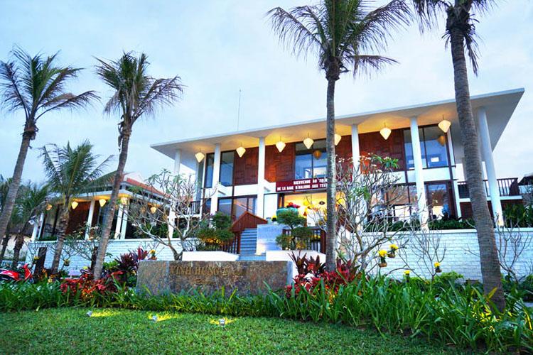 Facade - Vinh Hung Emerald Resort - Hoi An