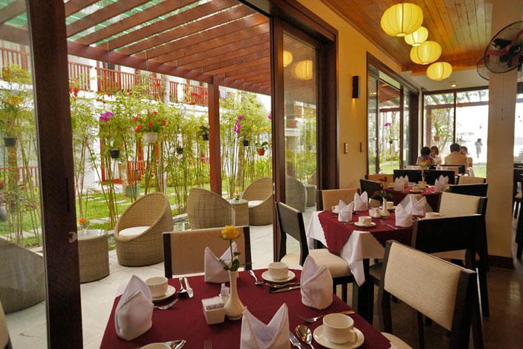 Dining Room - Vinh Hung Emerald Resort - Hoi An