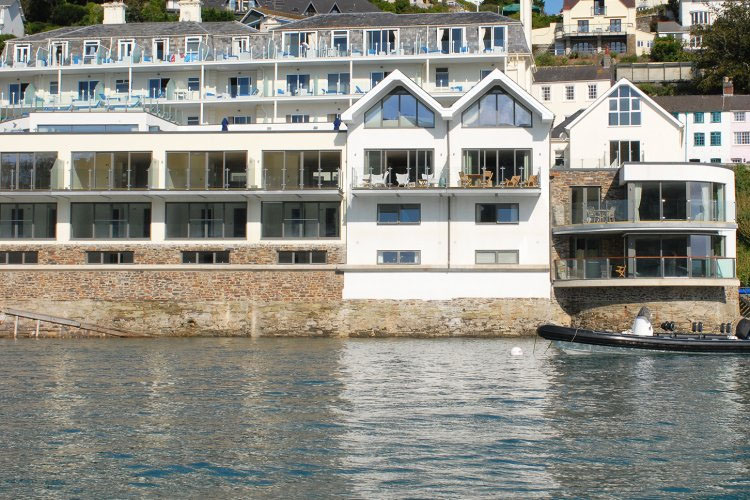 Salcombe harbour hotel a boutique hotel in devon for Best boutique hotels devon