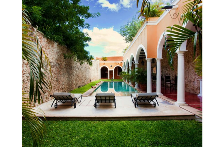 Pool - Hotel Hacienda Mérida VIP - Merida