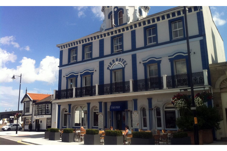The pier hotel h tel boutique essex for Great little hotels