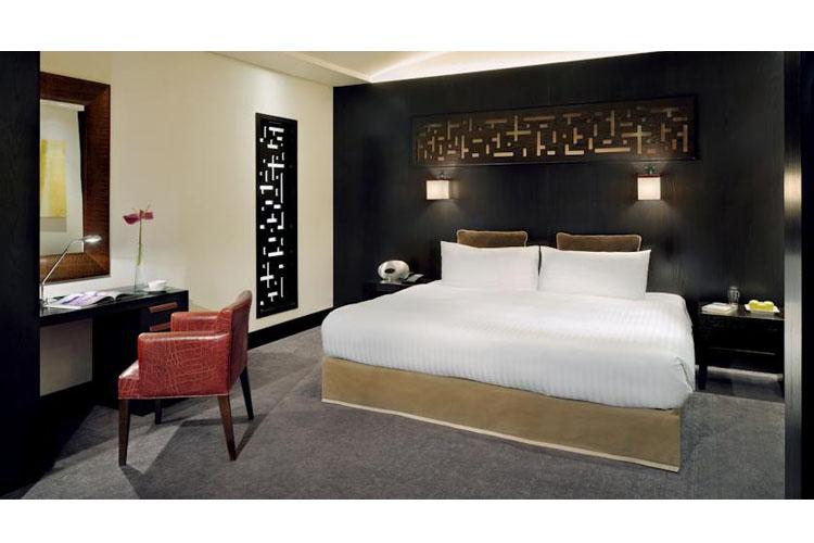Deluxe Courtyard View Rooms - The Address Montgomerie Dubai - Dubai
