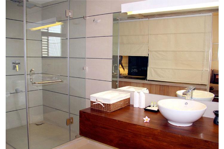Bathroom - Rockwell Colombo - Colombo