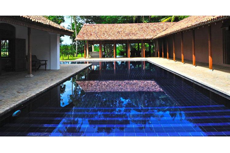 Pool - Maya - Aranwella