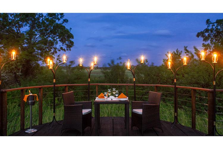 Private Dining - Ulagalla Walawwa Resort - Thirappane