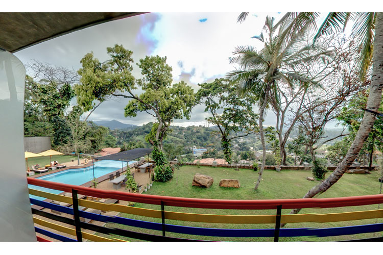 Pepper Deluxe Room - Elephant Stables - Kandy