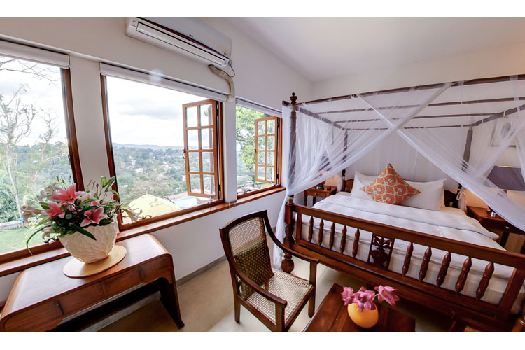 Saffron Deluxe Room - Elephant Stables - Kandy