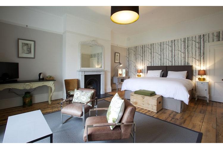 Fig Tree Suite - Ravenhurst Bed & Breakfast - Cheltenham