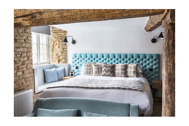 Double Room 04 - The Old Stocks Inn - Stow on the Wold