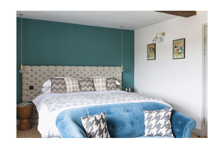 Double Room 10 - The Old Stocks Inn - Stow on the Wold
