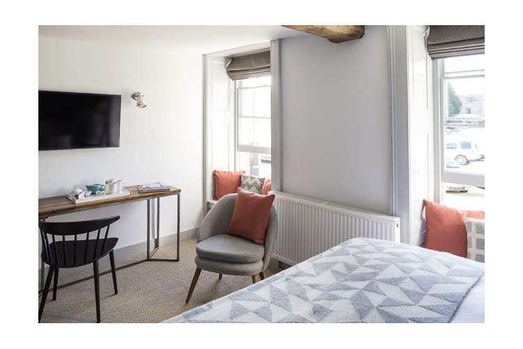 Double Room 17 - The Old Stocks Inn - Stow on the Wold