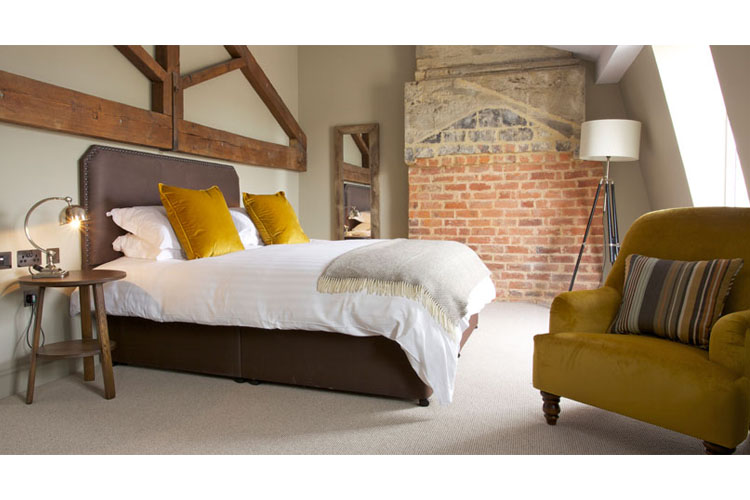 Deluxe Space - Kings Head Hotel - Cirencester