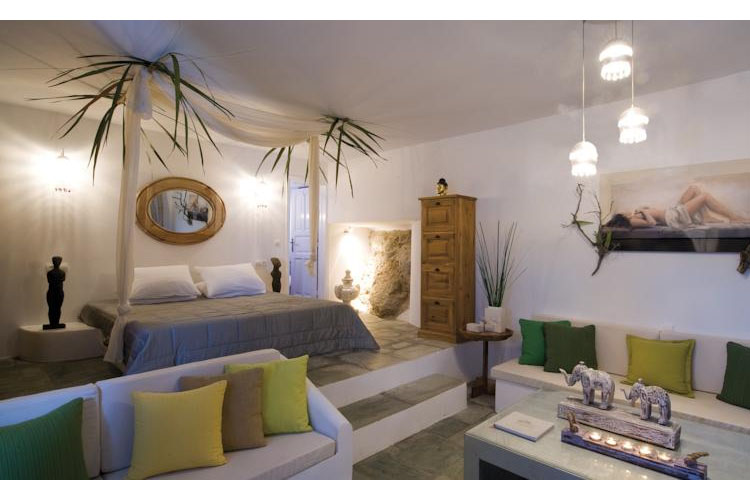 Onar suites folegandros h tel boutique fol gandros for Small great hotels
