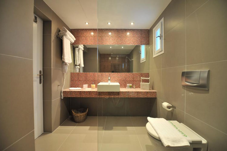 Studio - Bathroom - Almira Suites - Naoussa