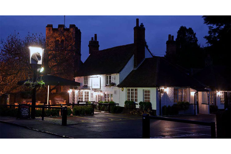 Facade Night View - The Black Horse - Fulmer