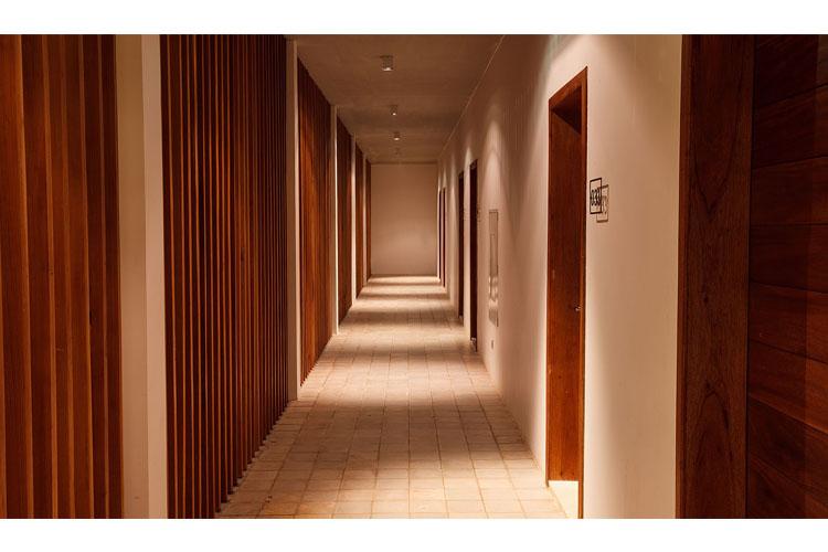 Corridor - Lynnaya Urban River Resort - Siem Reap