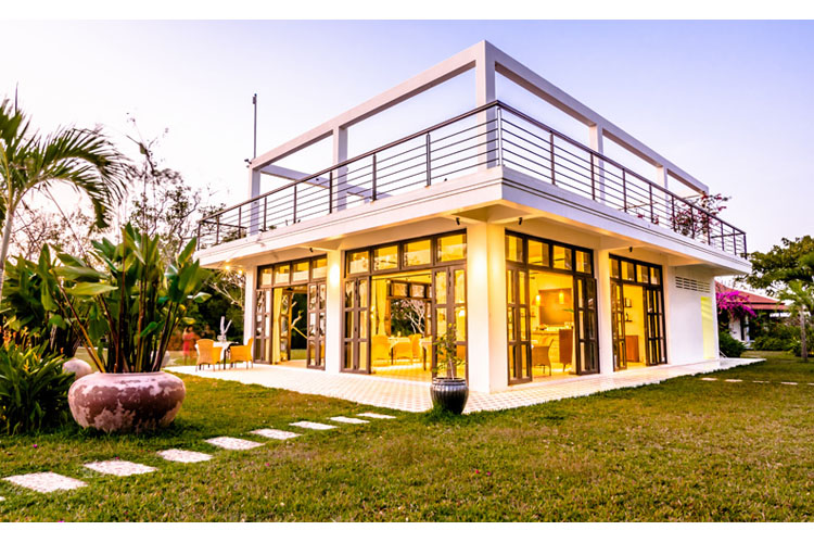 Samanea beach resort ein boutiquehotel in kep for Small great hotels