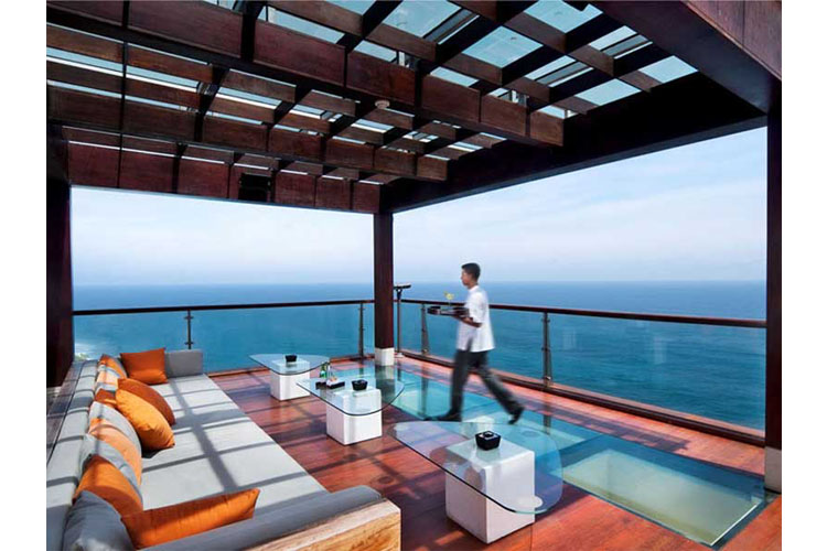 Bar Terrace - The Edge Bali - Uluwatu